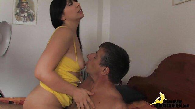 Big sexfilme gratis schauen Titty Solo