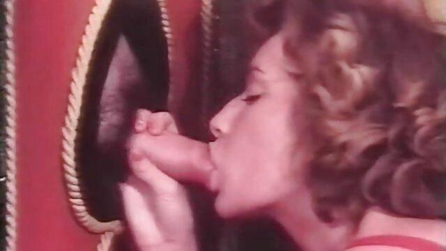 Gangbang eines geilen hübschen Mädchens kostenlos handypornos anschauen